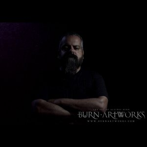 BURN ARTWORKS: Alcides Burn concede entrevista ao site canadense The Headbanging Moose, confira!